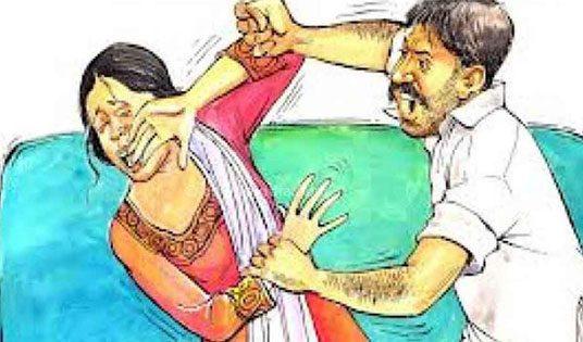 महिला ने पति के खिलाफ उत्पीड़न का मामला करवाया दर्ज